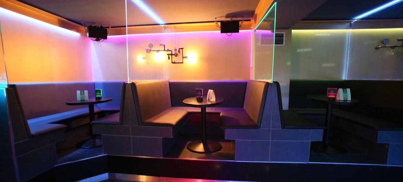 Golden Circle Lounge 6