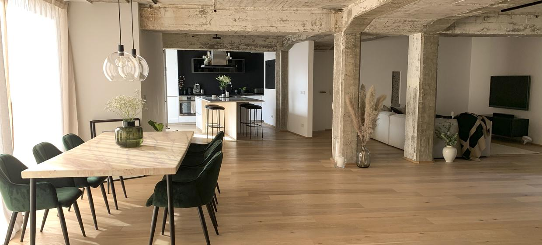 Concrete Lounge 1