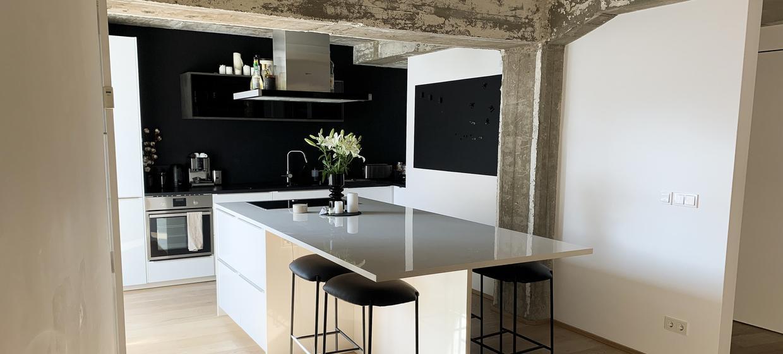 Concrete Lounge 5
