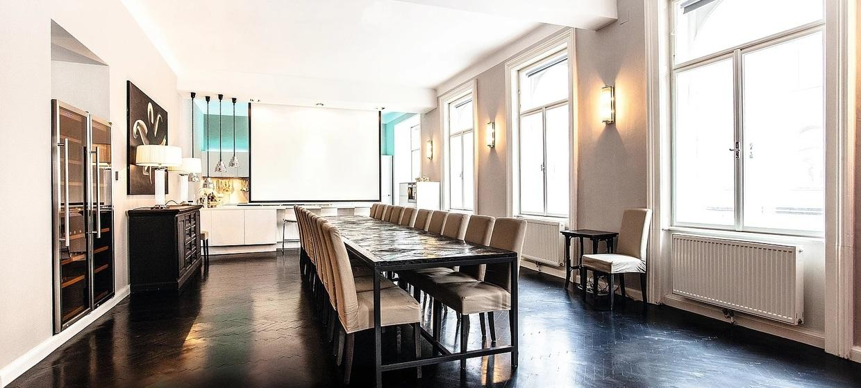 EXKLUSIVES (BUSINESS) DINNER/LUNCH IN GEDIEGENER PRIVATER ATMOSPHÄRE 8