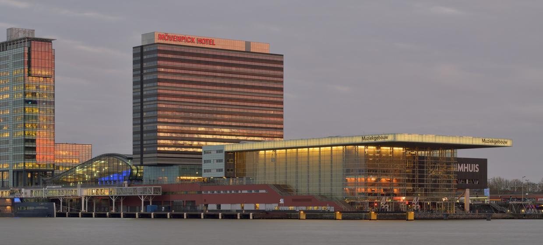 Mövenpick Hotel Amsterdam City Centre 3