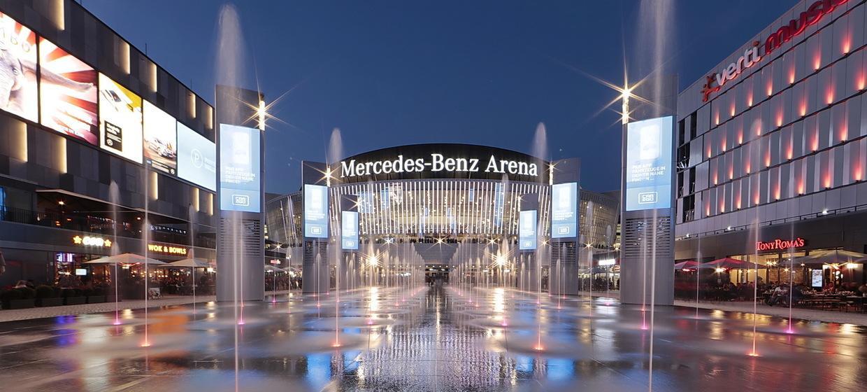 Mercedes Platz 1