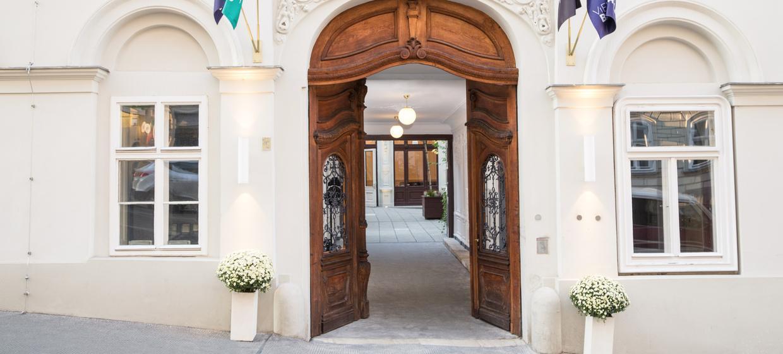 Vienna Ballhaus 12