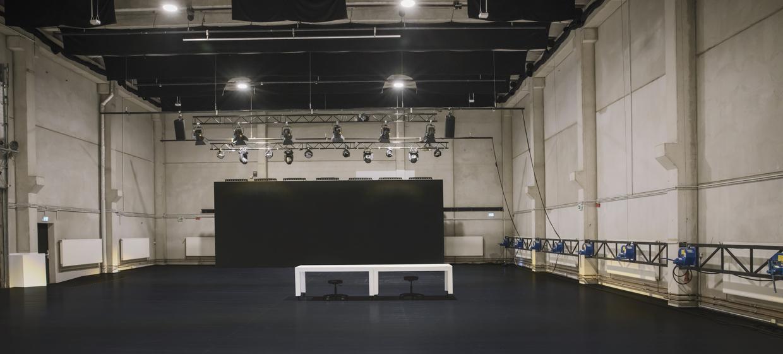 United Studios 1