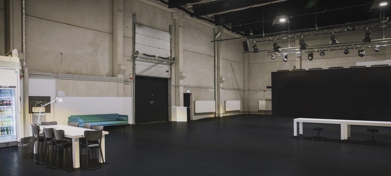 United Studios 3