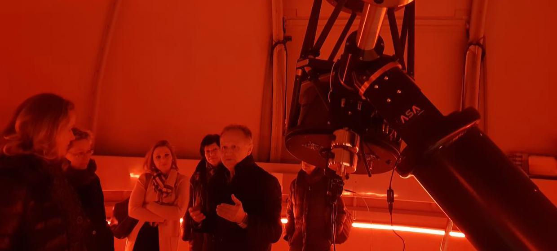 Vega Sternwarte 12